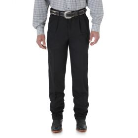 Wrangler Mens' Riata Pleated Front Casual 0095WB
